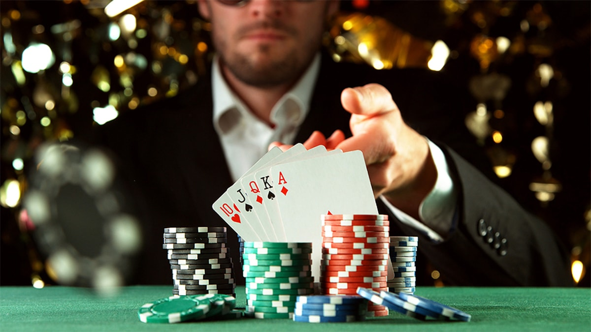 Ways to confuse your poker game